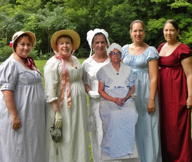 jane austen and discourses of fenminism Devoney looser, professor of english at arizona state university, the editor of jane austen and discourses of feminism and an erstwhile roller derby competitor known as stone cold jane austen joan klingel ray.