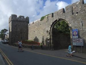Tenby town walls, cTony Grant