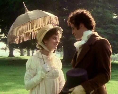 Elizabeth-Bennet-and-Mr-Darcy-played-by-Elizabeth-Garvie-and-David-Rintoul-in-Pride-and-Prejudice-1980