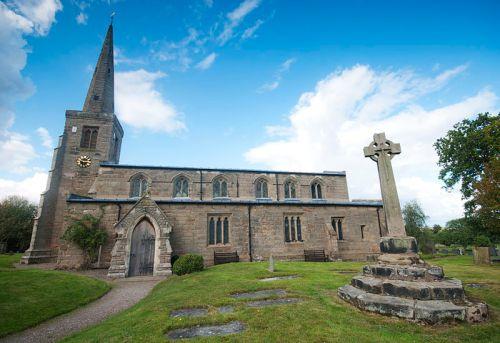 St_Michael's_Church,_Hamstall_Ridware-wp