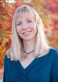 Author Julie Klassen 2015 x 200