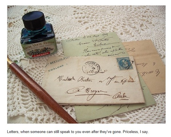 pen and letters